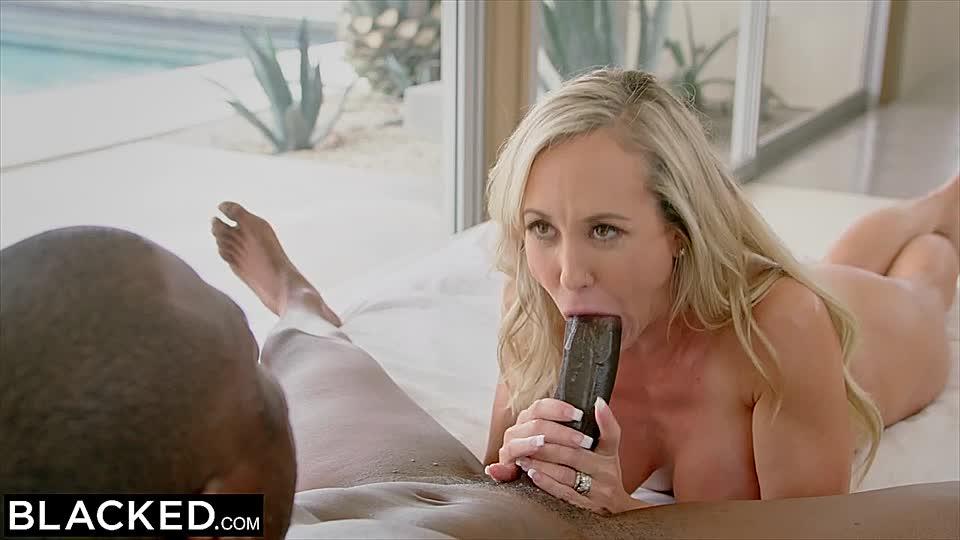 Frauen, die Riesen-Schwänze lieben Ebenholz Sekretärin Porno-Videos
